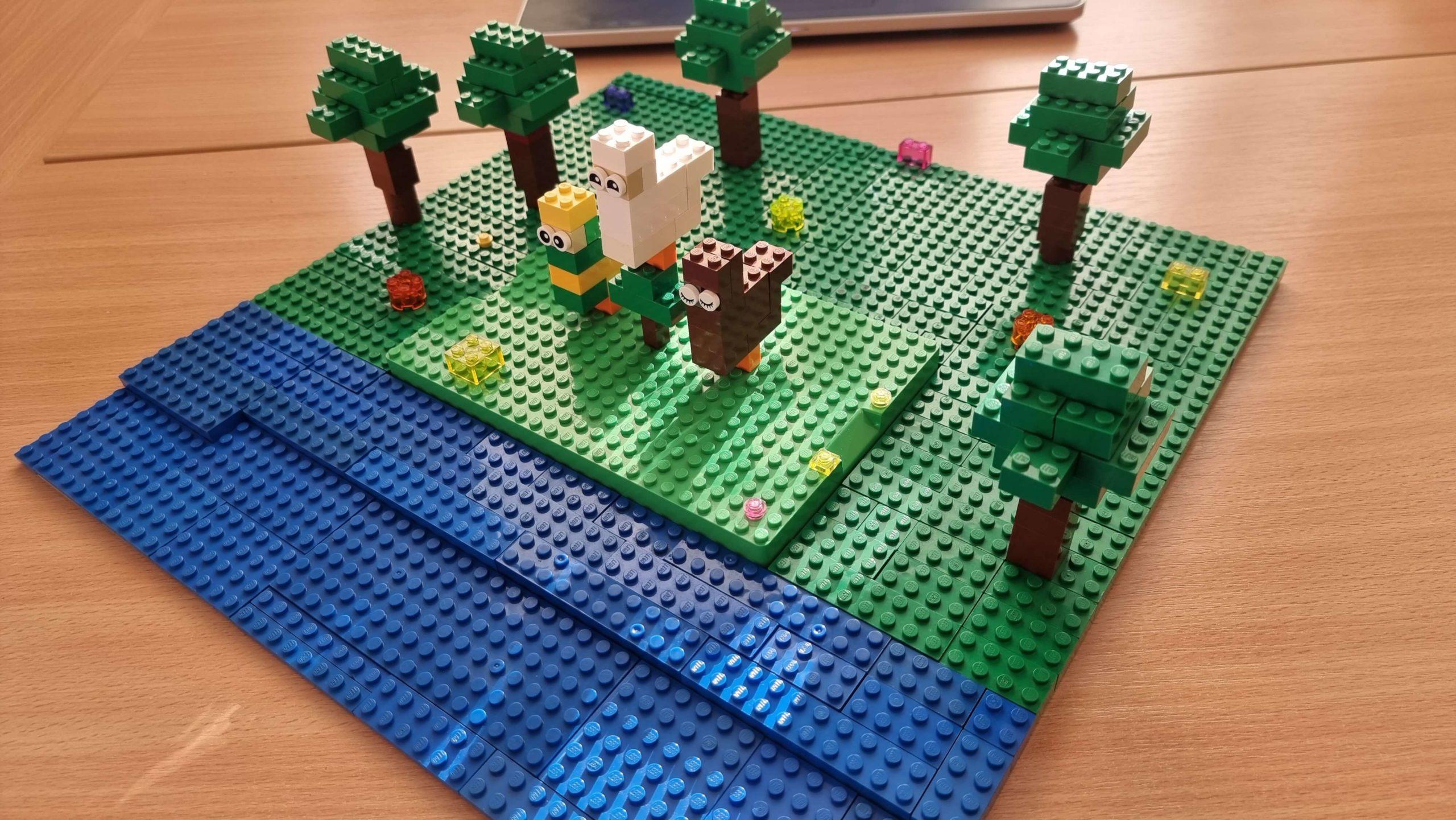 """LEGO konstruktoru radošais konkurss """"Dziedādami, dejodami…"""""""